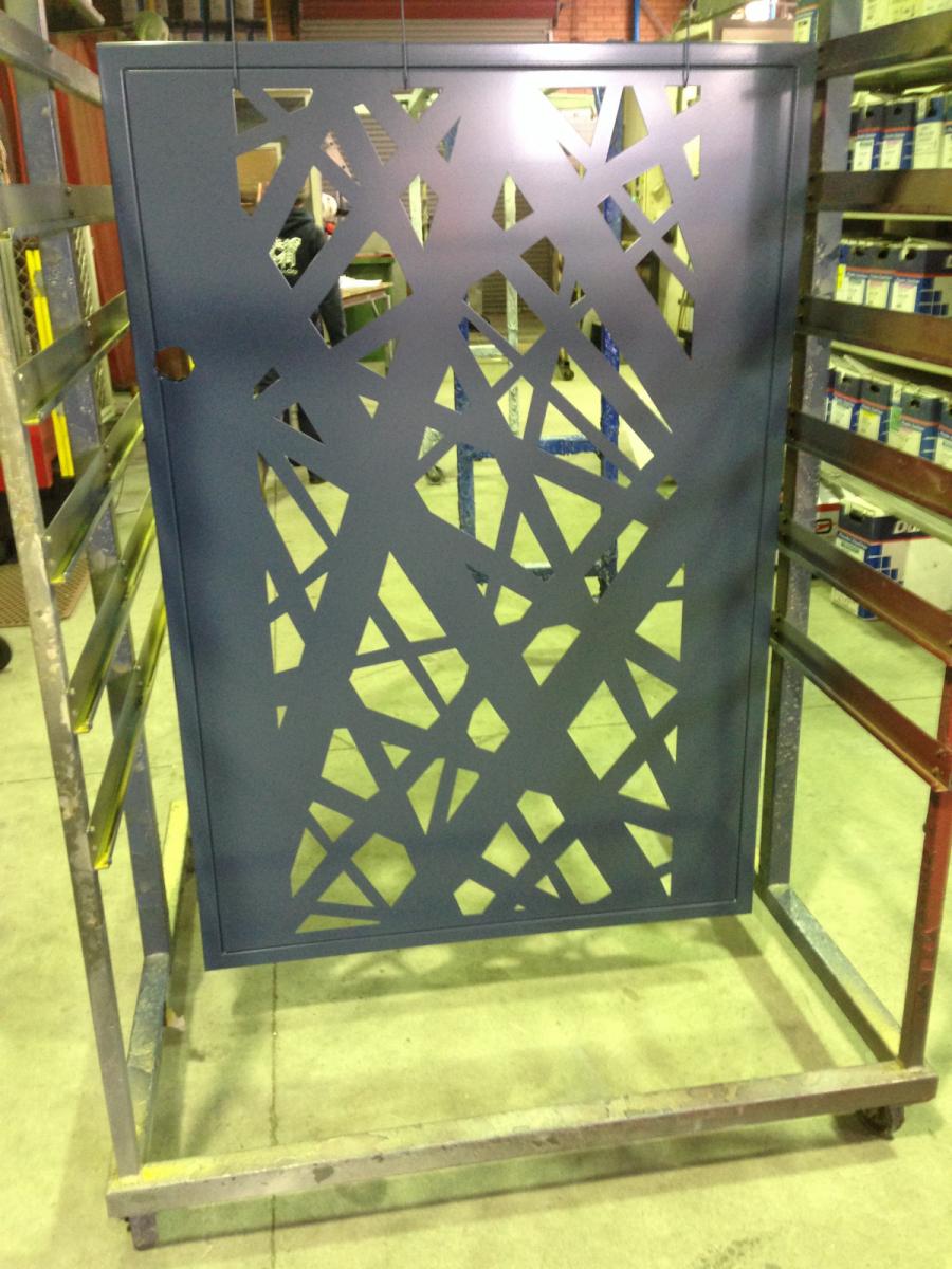 Custom-Gates-1