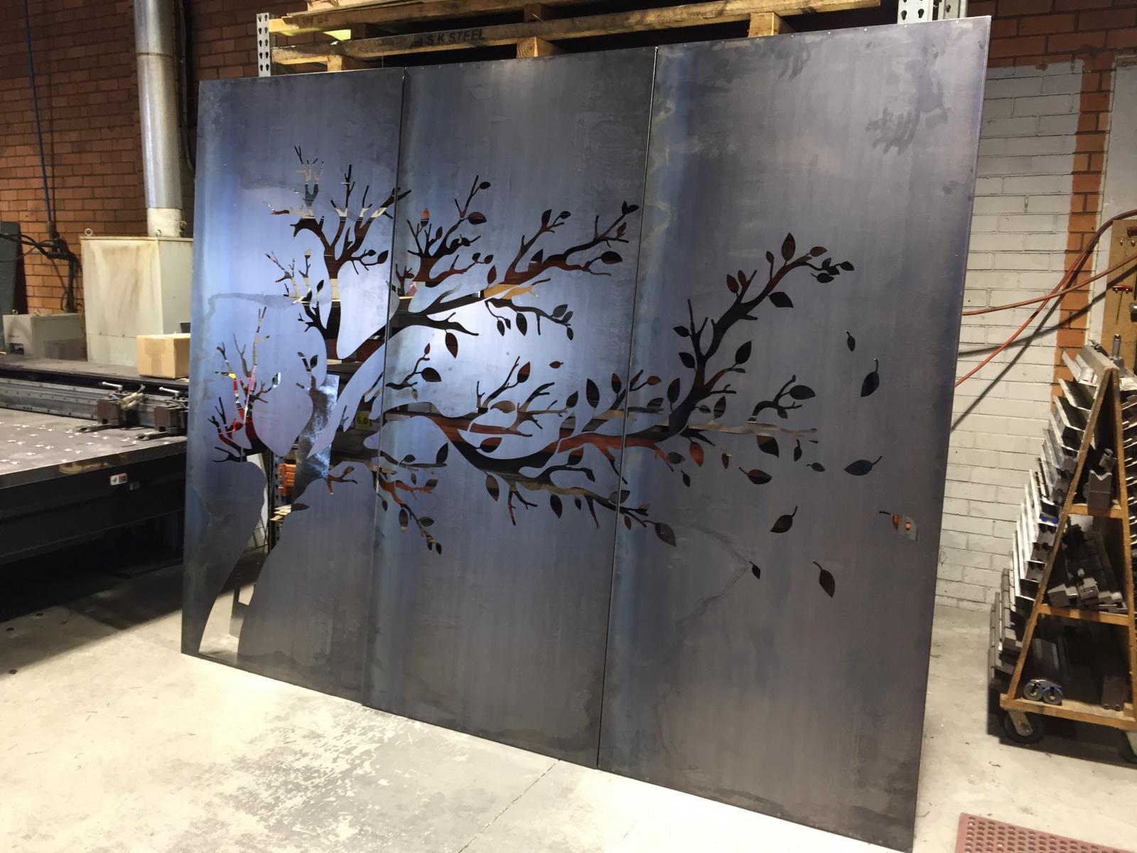 Screens-and-metal-art-5